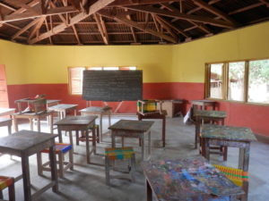 typisches Klassenzimmer der Baobab Children Foundation